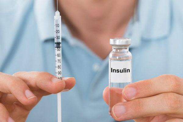 Diabéticos rinden la insulina por escasez de medicinas