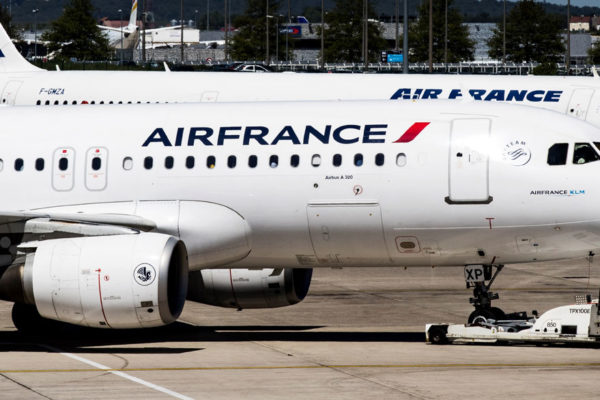 Air France prolonga la suspensión de vuelos a China hasta el 15 de marzo