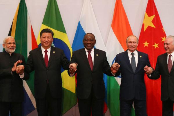Rusia y China quieren reforzar la cooperación de los Brics