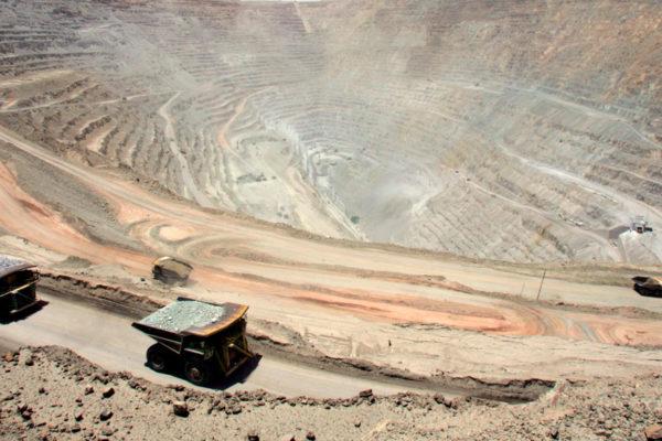 Chile recortó proyecciones de precio del cobre para 2019 y 2020