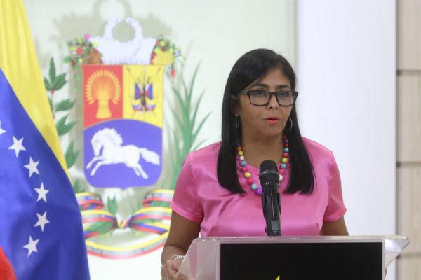 Más poder: Delcy Rodríguez se encarga de Economía y Finanzas y mantiene la Vicepresidencia