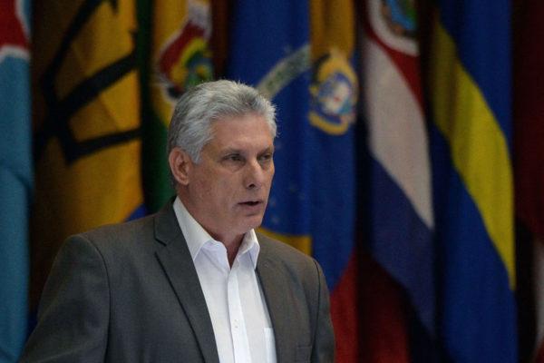 Régimen cubano traza plan económico para resistir más sanciones de Washington
