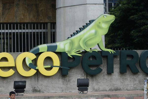 Ganancia neta de colombiana Ecopetrol cayó 97,5% en el primer semestre