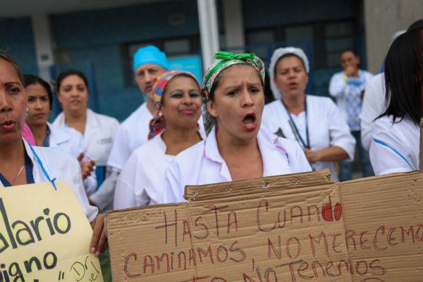 Con todo y cuarentena se registraron 716 protestas en abril y 87% fue por comida y gasolina