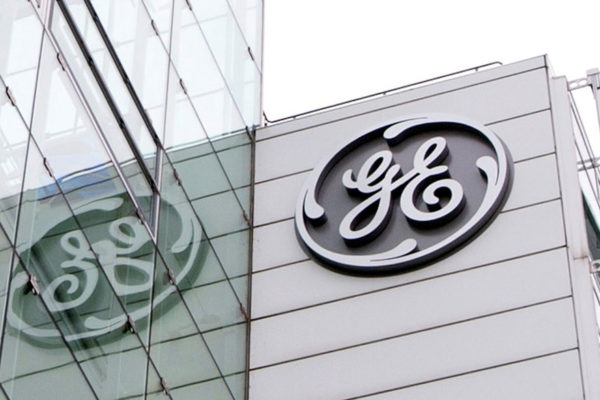 General Electric pierde $568 millones en el primer semestre