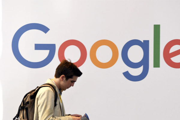 Medios franceses denunciaron a Google por incumplimiento de los derechos afines