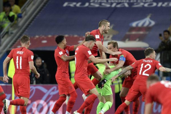 Inglaterra en cuartos de final tras eliminar a Colombia