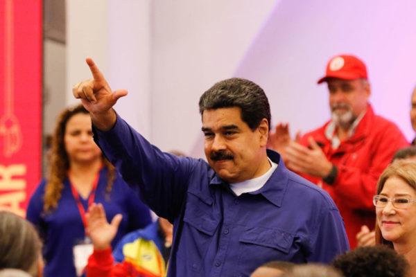 Maduro: Se requieren dos años para recuperar la economía