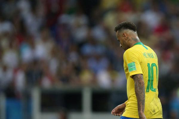 Bélgica venció 2-1 a Brasil y jugará contra Francia en semifinales