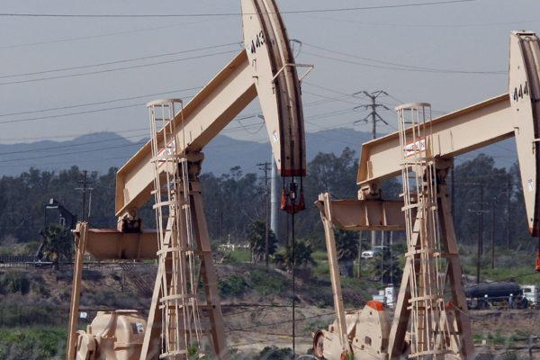 #20Abr Histórico: crudo de EEUU cayó 305% y cierra en -37,63 dólares por barril