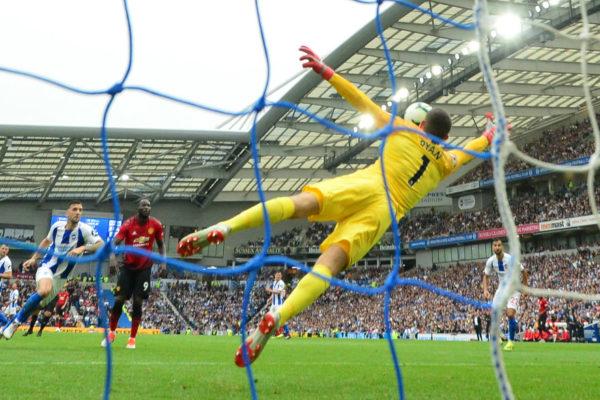Manchester United sufre en Brighton su primer revés del curso
