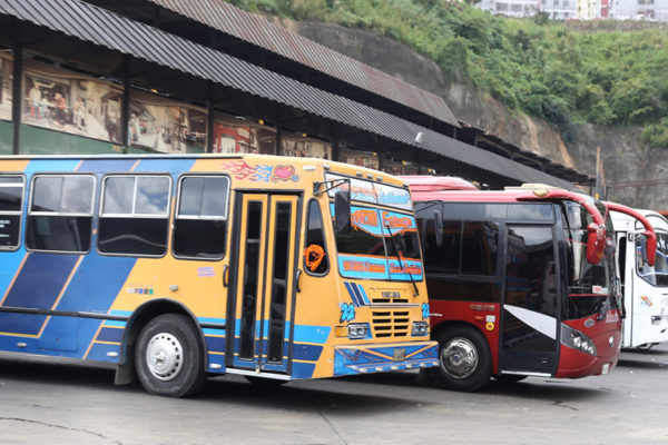 Transporte interurbano estará suspendido durante semana de cuarentena radical