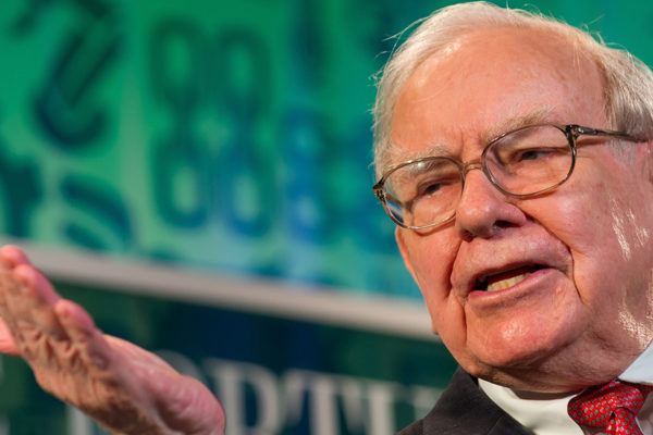 Buffett es optimista sobre recuperación económica: «Casi nada puede detener a EEUU»