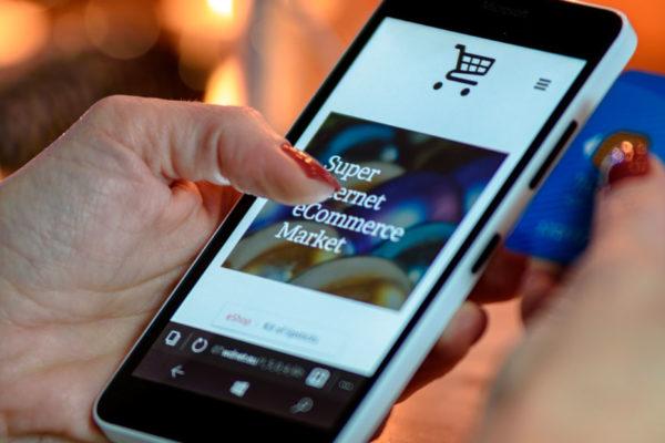BCE: pandemia está disparando al comercio electrónico
