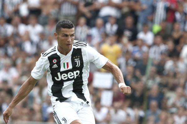 Federación Portuguesa: Cristiano Ronaldo ha dado positivo a #Covid19