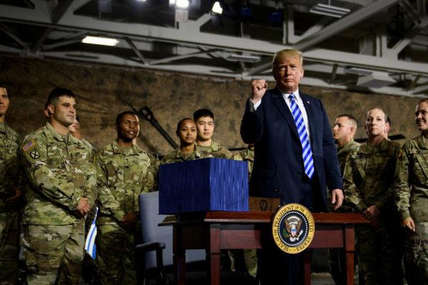 Trump: Fuerza Espacial es para lograr dominio sobre rivales