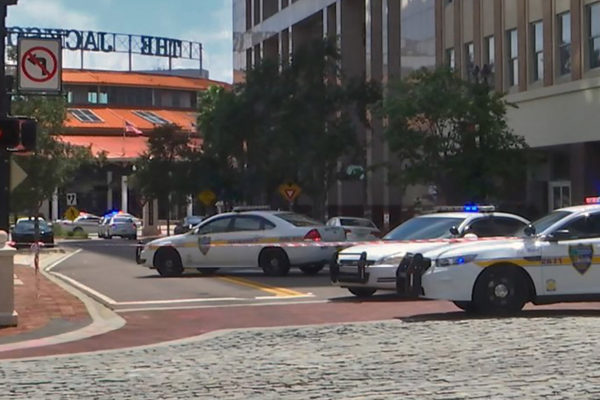 «Varios muertos» en tiroteo masivo en norte de Florida