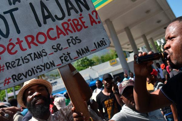 Protestas en Haití por mal manejo de dinero prestado por Venezuela