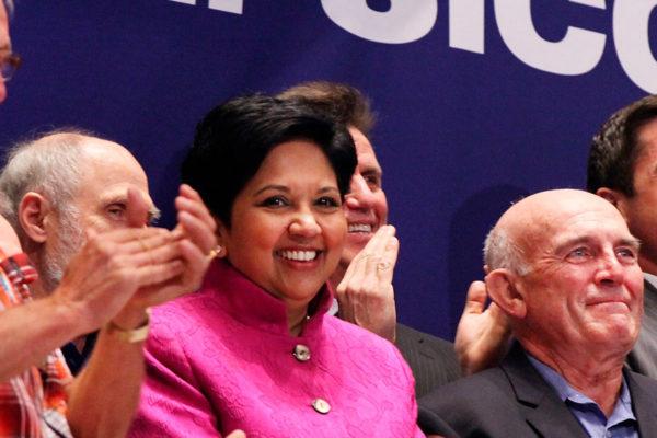 Pepsico anuncia la salida de su CEO Indra Nooyi