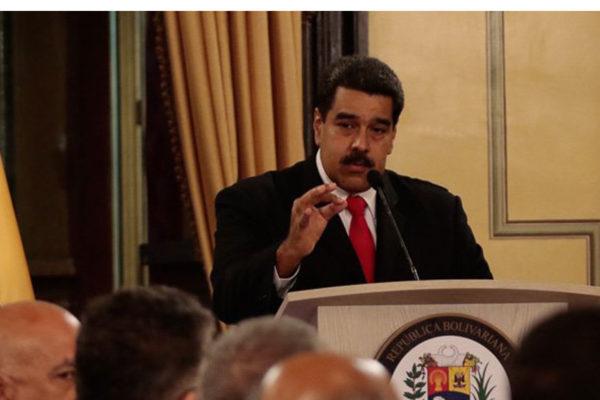 Maduro ratifica acusación contra Santos y promete pruebas
