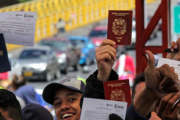 Brasil inicia programa de distribución de migrantes venezolanos en su territorio
