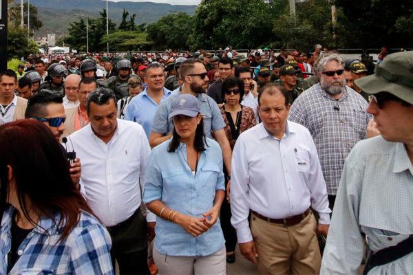 EEUU pide condena regional más fuerte contra Maduro