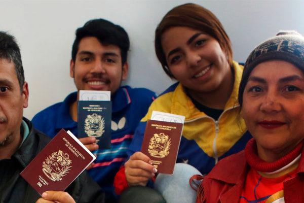 Retornarán más venezolanos desde Argentina, Ecuador y Perú