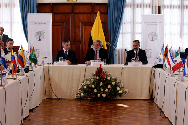 Latinoamérica discute regularización de migrantes venezolanos