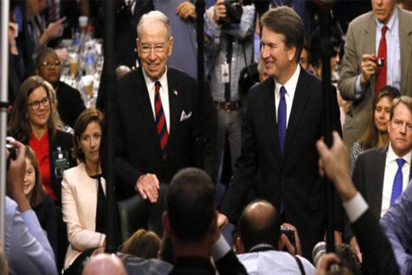 Fuerte tensión política en Washington por el caso Kavanaugh