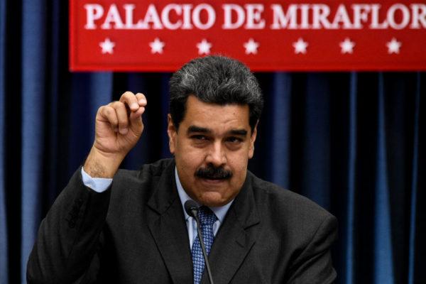 Maduro dice que China ha invertido más de $3.000 millones en sector petrolero nacional
