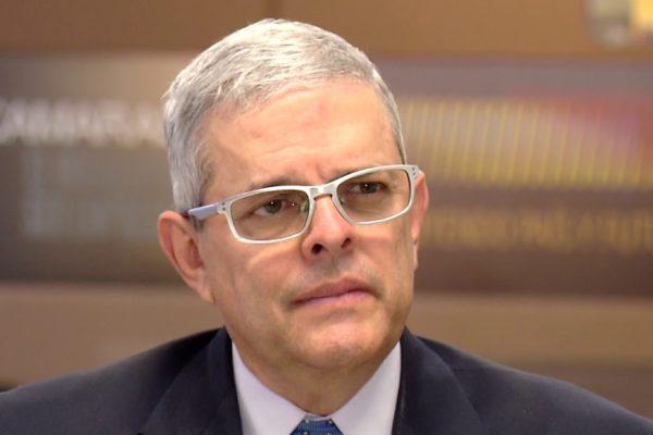 Larrazábal: Gobierno debe tomar medidas para incentivar la economía