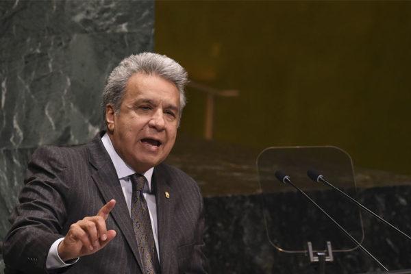 Presidente de Ecuador viaja al Foro Económico de Davos