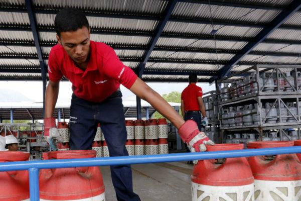 Protestan en oeste de Venezuela por escasez de gas doméstico
