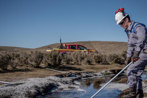 Chile investiga derrame de 720.000 litros de petróleo