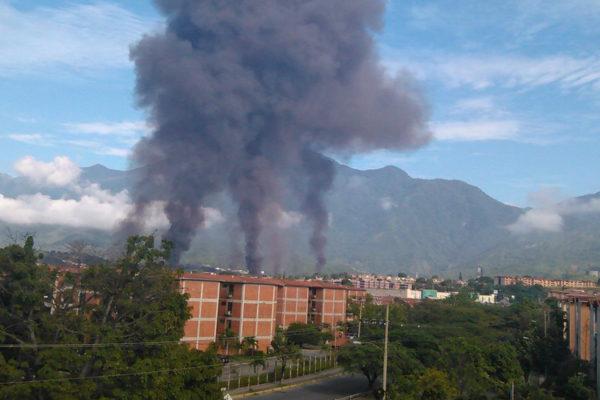 Derrame de gasolina causó incendio en llenadero de Pdvsa en Guatire