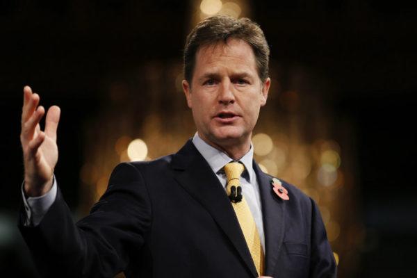 Facebook ficha al exviceprimer ministro británico Nick Clegg