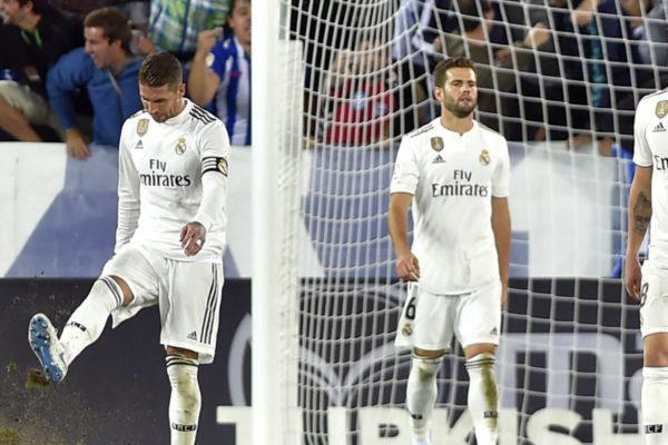 El Real Madrid cae in extremis ante el Alavés y acentúa su crisis