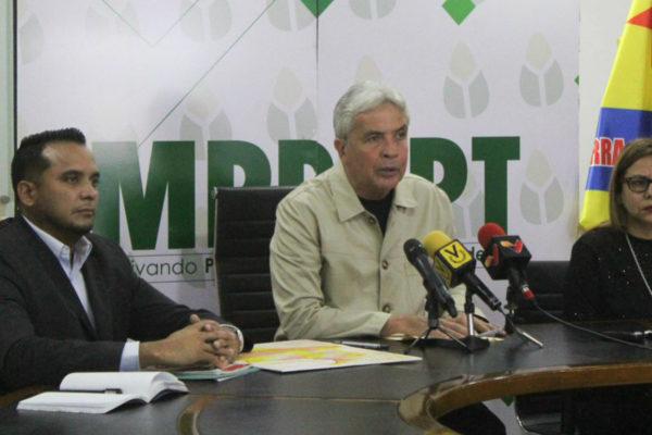 Venezuela cierra paso comercial con Colombia por fiebre aftosa