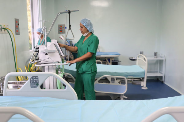 ONG impulsa campaña para comprar equipos de protección a médicos venezolanos