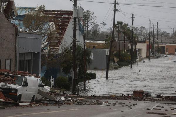 Catástrofes naturales causaron daños de US$210.000 millones en 2020