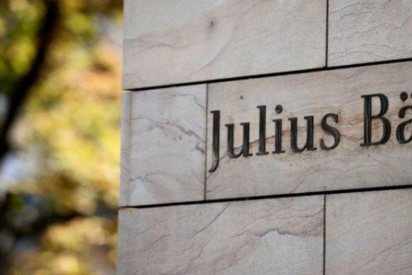 Suiza sanciona al banco Julius Baer por blanqueo de capitales de Pdvsa y FIFA