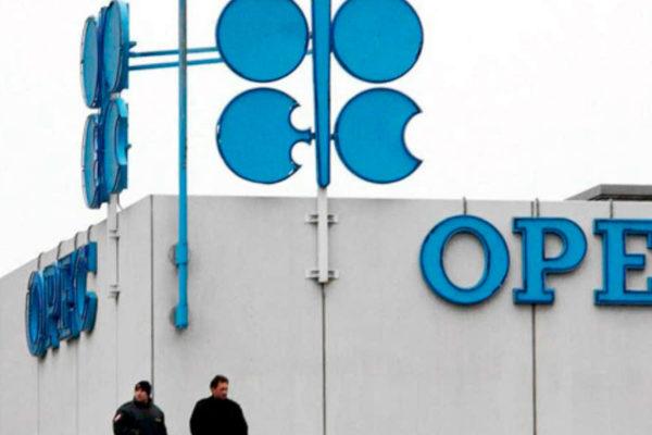 Recorte petrolero de la OPEP+ se cumplió entre un 95% y un 97% en julio