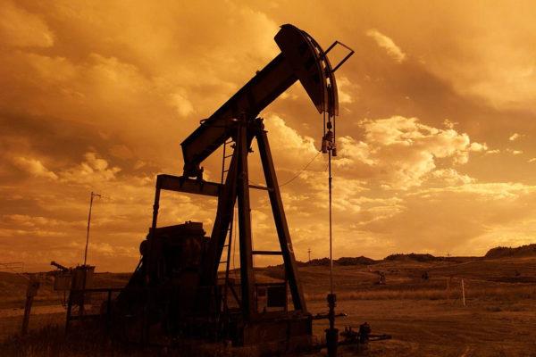 El petróleo de Texas abre con un alza del 1,48 %, hasta 74,02 dólares