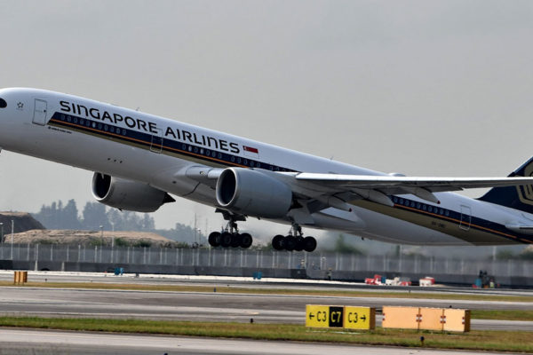 Despega el vuelo comercial más largo del mundo: Singapur-Nueva York