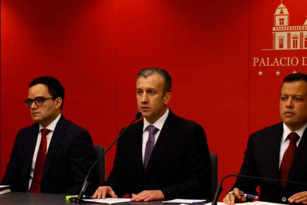 El Aissami: Alza del encaje legal busca combatir el dólar paralelo