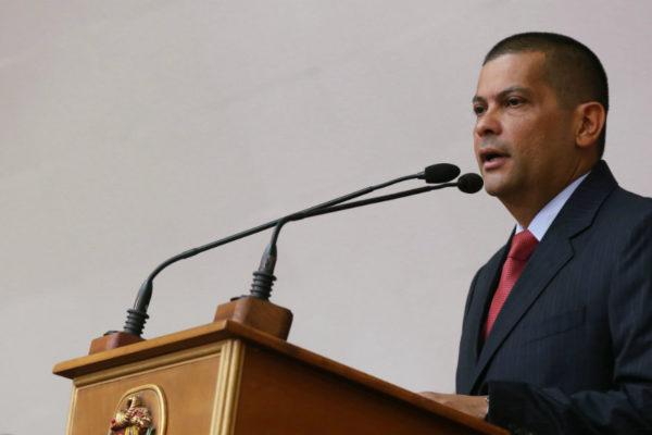 Gobernador de Zulia da por superado problema eléctrico