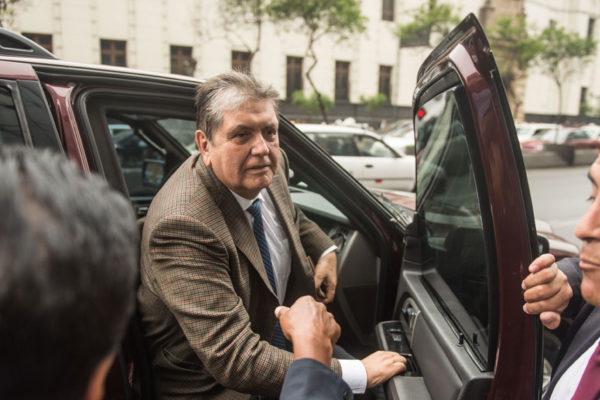 Exfuncionario peruano confiesa que era testaferro de Alan García