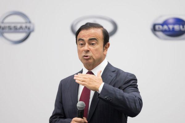 Renault bloquea un pago millonario a Carlos Ghosn