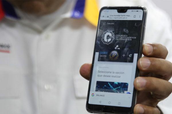 61,5% de los venezolanos no está interesado en comprar petros
