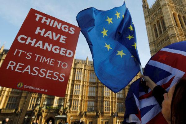 May pide a la UE un aplazamiento del brexit hasta el 30 de junio